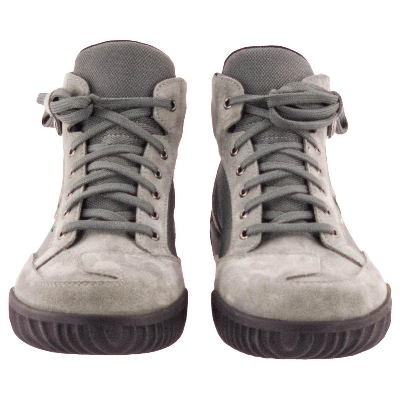 GAERNE G.RAZOR серого цвета мотоциклетные ботинки из замши, вид спереди купить по низкой цене