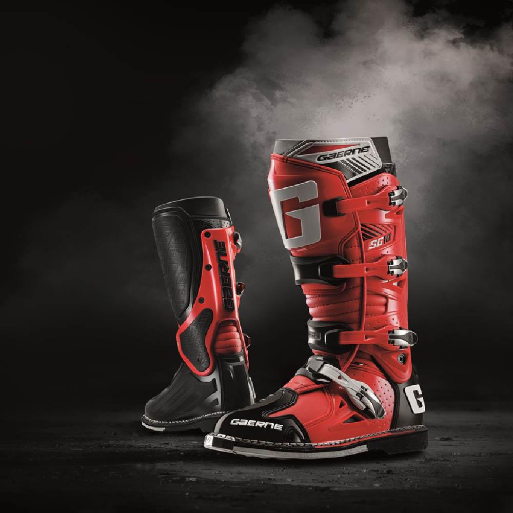 GAERNE SG-10 черно-красного цвета спортивные сапоги для мотокросса баннер купить по низкой цене