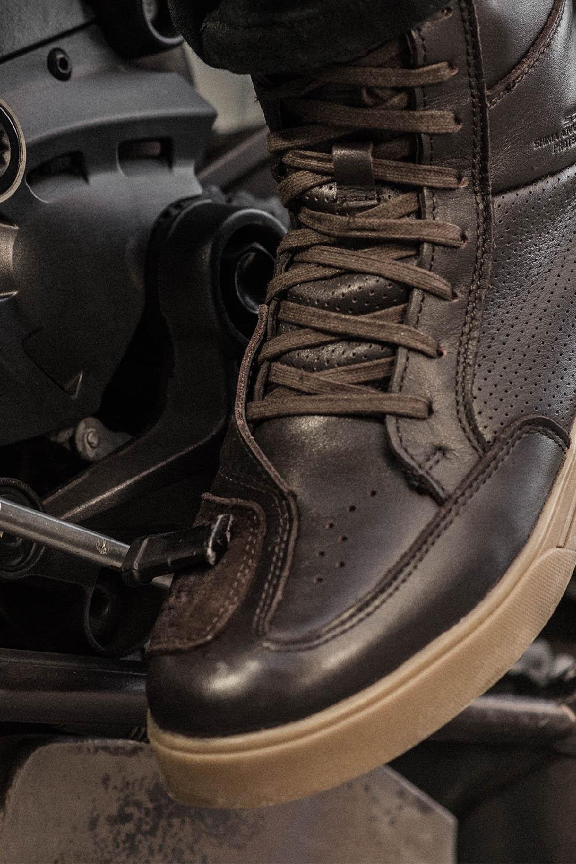 Мотоциклетные ботинки SHIMA BLAKE BOOTS из кожи вид лапка КПП купить по низкой цене