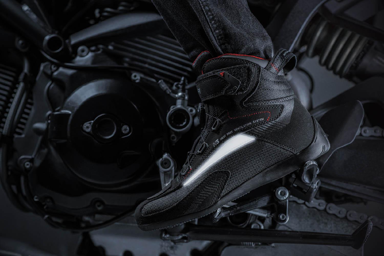 Мотоциклетные ботинки SHIMA EXO VENTED из кожи и текстиля вид слева купить по низкой цене