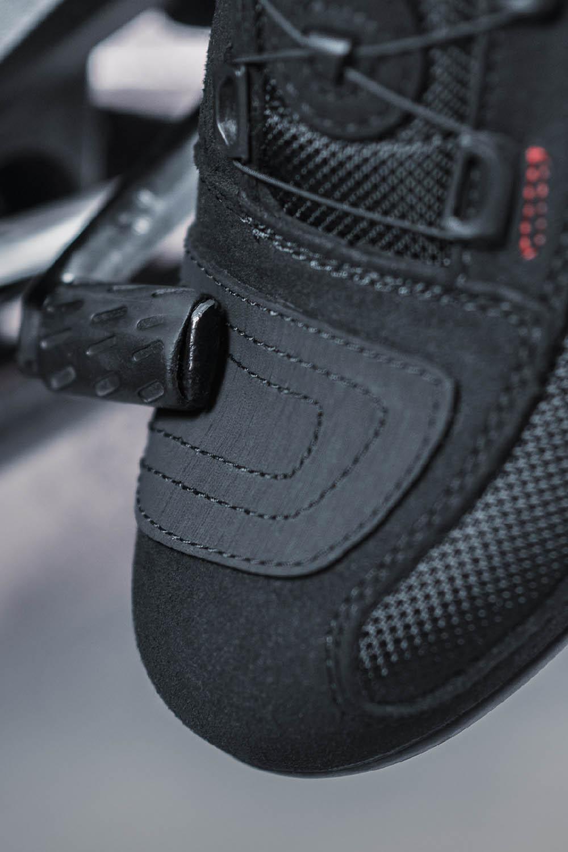 Мотоциклетные ботинки SHIMA EXO VENTED из кожи и текстиля вид носок купить по низкой цене