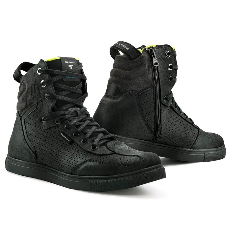 SHIMA REBEL WP черного цвета мотоциклетные кроссовки купить по низкой цене