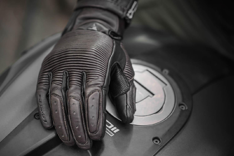 SHIMA BLAKE мотоциклетные перчатки из кожи, вид сверху купить по низкой цене