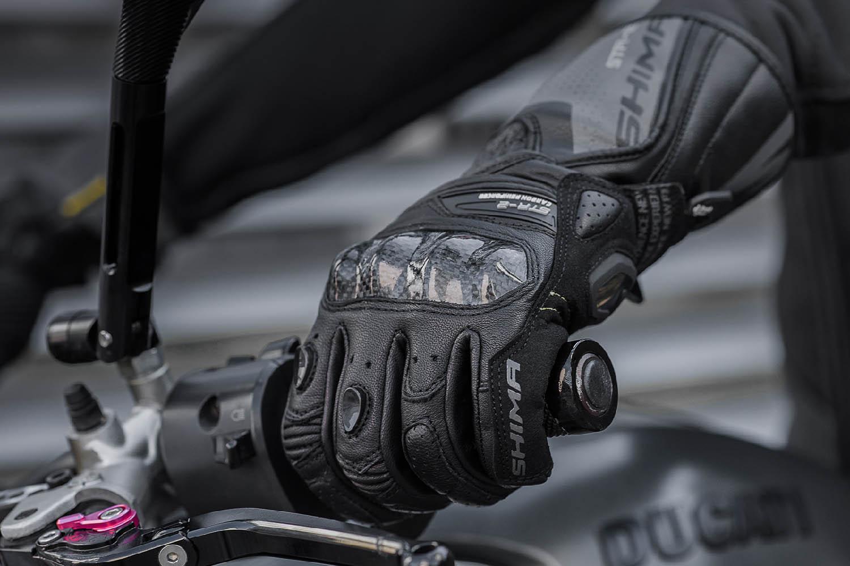 SHIMA STR-2 мотоциклетные перчатки из кожи, вид общий купить по низкой цене