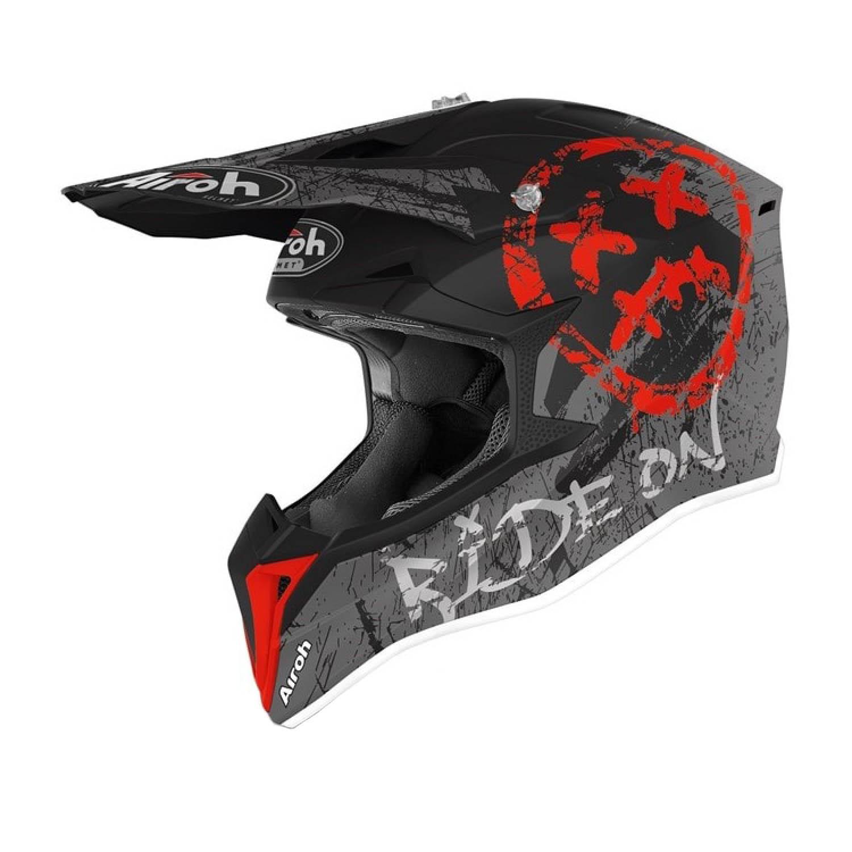 Шлем кроссовый AIROH WRAAP SMILE красного матового цвета купить по низкой цене