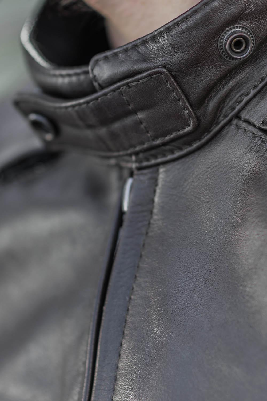 Куртка кожаная SHIMA BLAKE вид шея для мотоциклистов купить по низкой цене