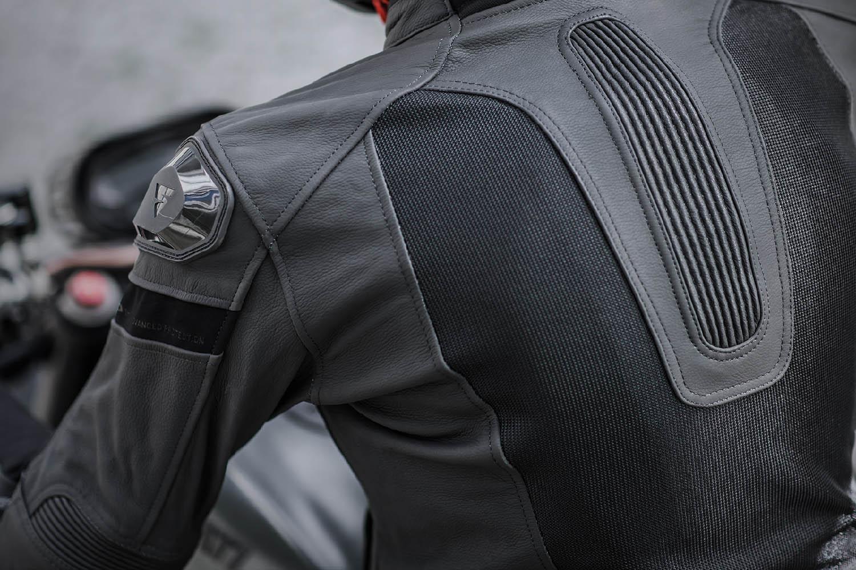 Спортивная куртка SHIMA PISTON кожано-текстильная для мотоциклистов вид эластичная гармошка на спине купить по низкой цене
