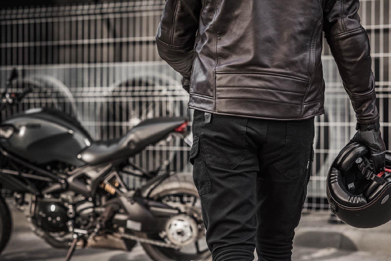 Мотоциклетные штаны SHIMA GIRO из текстиля вид в движении купить по низкой цене