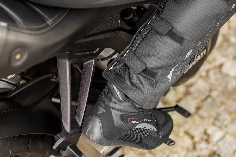 Мотоциклетные штаны SHIMA JET TROUSERS из текстиля вид застёжки купить по низкой цене