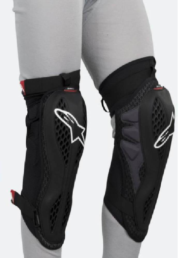 Защита для колен ALPINESTARS SEQUENCE KNEE PROTECTORS вид на ноге купить по низкой цене