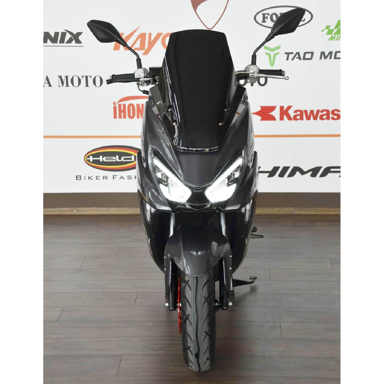 Scuter WOLF MOTOR SABRE серого цвета вид спереди купить по низкой цене